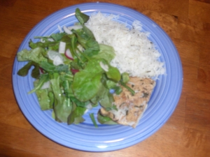 leaf lettuce plus extras with CSA-herbed chicken breast